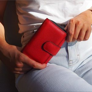 Cleo Trifold Wallet - Flame Scarlet